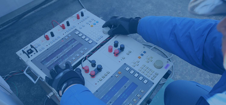 東京電設サービス株式会社は東京電力のグループ企業。世界最高水準の品質を誇る東京電力パワーグリッドの電力流通設備を支え続けています。
